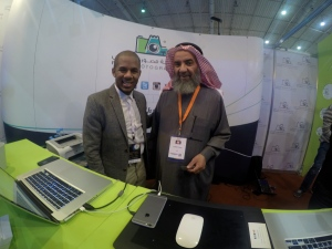 أبو ناهض والمصور عمر عبدالعزيز